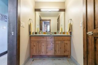 Listing Image 17 for 11770 Bottcher Loop, Truckee, CA 96161-2152
