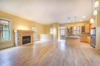 Listing Image 4 for 10049 Southeast River Street, Truckee, CA 96160-0000