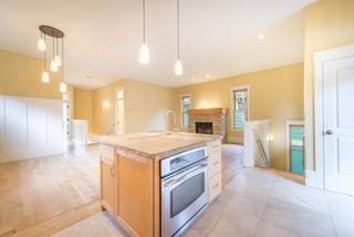 Listing Image 7 for 10049 Southeast River Street, Truckee, CA 96160-0000