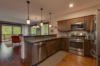 Listing Image 10 for 11541 Dolomite Way, Truckee, CA 96161