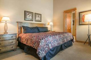 Listing Image 10 for 12498 Lookout Loop, Truckee, CA 96161-4529