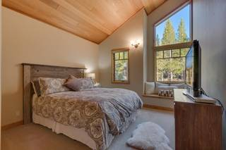 Listing Image 15 for 11488 Lucerne Lane, Truckee, CA 96161