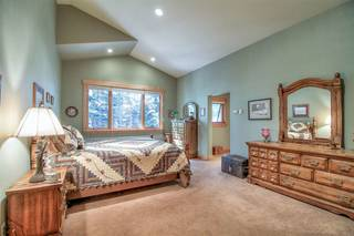 Listing Image 12 for 10940 Pine Nut Drive, Truckee, CA 96161