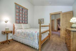 Listing Image 17 for 10940 Pine Nut Drive, Truckee, CA 96161