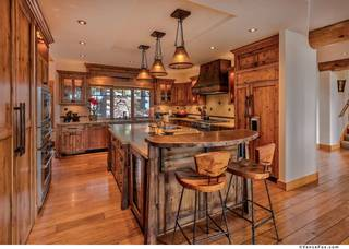 Listing Image 3 for 1930 Gray Wolf, Truckee, CA 96161