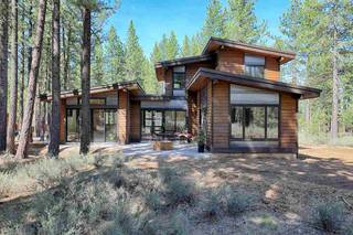 Listing Image 2 for 11021 Henness Road, Truckee, CA 96161