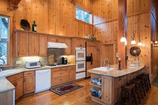 Listing Image 6 for 13570 Northwoods Boulevard, Truckee, CA 96161