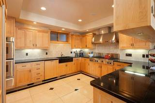 Listing Image 5 for 13406 Skislope Way, Truckee, CA 96161