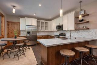 Listing Image 3 for 11285 Wolverine Circle, Truckee, CA 96161