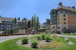 Listing Image 17 for 13051 Ritz Carlton Highlands Ct, Truckee, CA 96161-0000