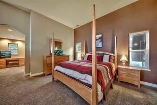 Listing Image 19 for 15660 Skislope Way, Truckee, CA 96161
