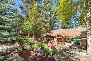 Listing Image 1 for 15674 Donnington Lane, Truckee, CA 96161