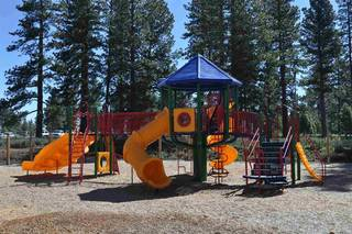 Listing Image 18 for 12533 Legacy Court, Truckee, CA 96161