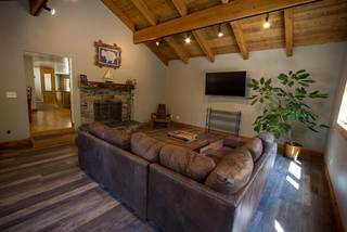 Listing Image 14 for 10798 Cheyanne Way, Truckee, CA 96161-2862