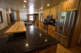 Listing Image 9 for 10798 Cheyanne Way, Truckee, CA 96161-2862
