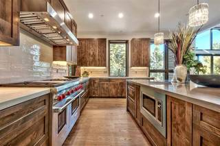 Listing Image 9 for 7425 Lahontan Drive, Truckee, CA 96161-9999