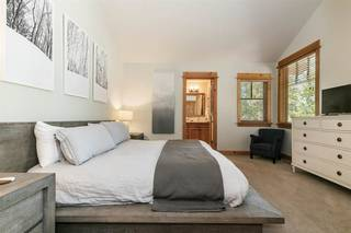 Listing Image 11 for 12157 Lookout Loop, Truckee, CA 96161