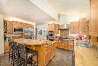 Listing Image 7 for 2102 Eagle Feather, Truckee, CA 96161