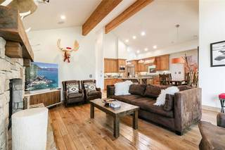 Listing Image 2 for 10240 Valmont Trail, Truckee, CA 96161