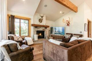 Listing Image 3 for 10240 Valmont Trail, Truckee, CA 96161
