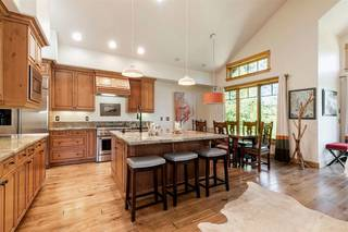 Listing Image 7 for 10240 Valmont Trail, Truckee, CA 96161