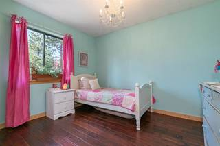 Listing Image 15 for 10181 Surrey Place, Truckee, CA 96161