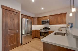 Listing Image 4 for 11651 McClintock Loop, Truckee, CA 96161