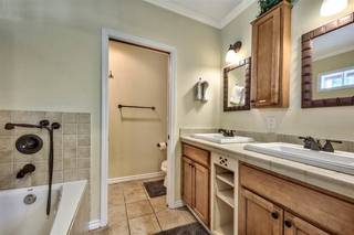Listing Image 13 for 13121 Northwoods Boulevard, Truckee, CA 96161-0000
