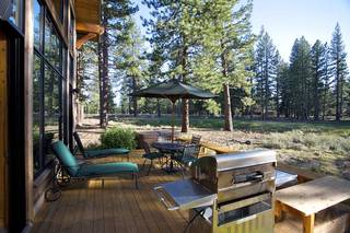 Listing Image 2 for 12622 Lookout Loop, Truckee, CA 96161