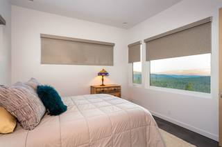 Listing Image 17 for 13792 Skislope Way, Truckee, CA 96161-0000