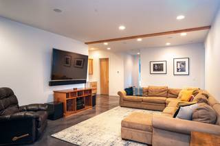 Listing Image 18 for 13792 Skislope Way, Truckee, CA 96161-0000