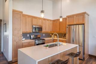 Listing Image 5 for 10352 Palisades Drive, Truckee, CA 96161-0000