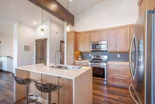 Listing Image 6 for 10352 Palisades Drive, Truckee, CA 96161-0000