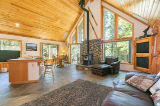 Listing Image 6 for 15205 Point Drive, Truckee, CA 96161