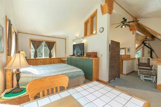 Listing Image 10 for 15205 Point Drive, Truckee, CA 96161