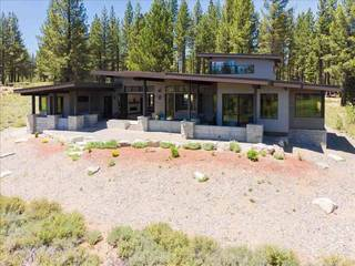 Listing Image 2 for 10820 Ghirard Court, Truckee, CA 96161