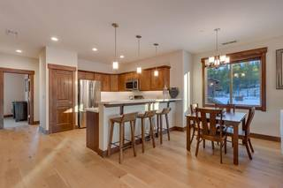 Listing Image 2 for 11665 McClintock Loop, Truckee, CA 96161