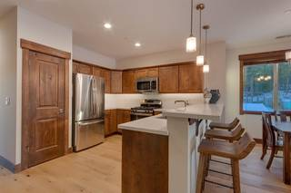 Listing Image 3 for 11665 McClintock Loop, Truckee, CA 96161
