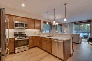 Listing Image 4 for 11665 McClintock Loop, Truckee, CA 96161