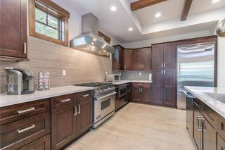 Listing Image 4 for 10030 Chaparral Court, Truckee, CA 96161