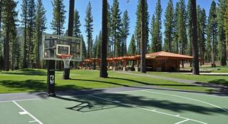 Listing Image 8 for 8171 Fallen Leaf Way, Truckee, CA 96161