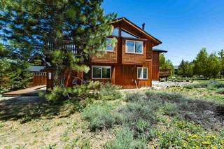 Listing Image 3 for 10090 Wiltshire Lane, Truckee, CA 96161