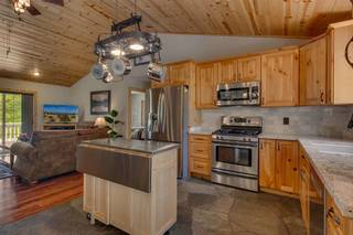 Listing Image 9 for 12466 Pinnacle Loop, Truckee, CA 96161