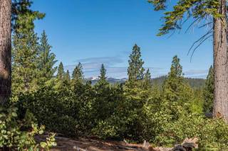 Listing Image 2 for 9468 Clermont Court, Truckee, CA 96161