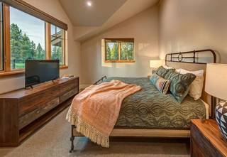 Listing Image 12 for 11355 Sutters Trail, Truckee, CA 96161