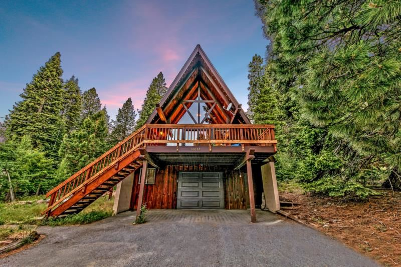 Image for 10832 Snow Flower Court, Truckee, CA 96161-0000
