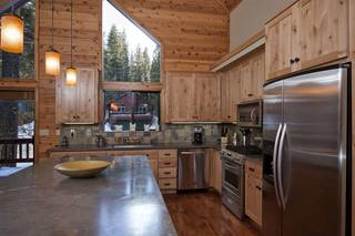 Listing Image 4 for 14370 Glacier View Road, Truckee, CA 96161