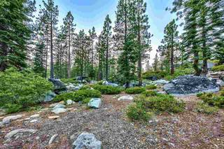 Listing Image 12 for 10624 Bear Run, Truckee, CA 96161-000
