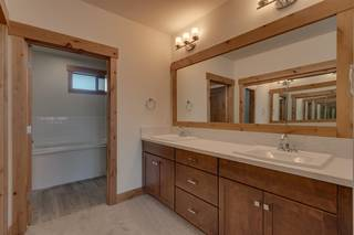 Listing Image 12 for 11679 McClintock Loop, Truckee, CA 96161
