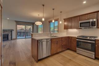 Listing Image 9 for 11679 McClintock Loop, Truckee, CA 96161